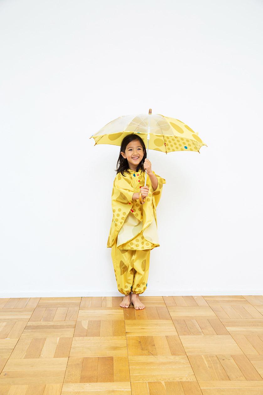 キッズポンチョ(同素材巾着付き)S(〜100cm)M(〜120cm)¥2,800+TAX ジャンプスーツ(同素材巾着付き)S(〜100cm)¥2,800+TAX キッズアンブレラ45cm,50cm¥2,000+TAX