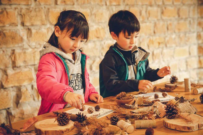 『THE NORTH FACE』×『星野リゾート リゾナーレ』 自然に触れて、子どもの好奇心や創造力を育む  「森遊びデビュープログラム」