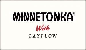 『MINNETONKA』×『BAYFLOW』コラボ 世界初アパレルコレクション発表